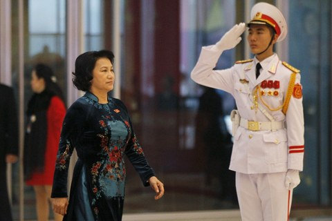 Phó Chủ tịch Quốc hội Việt Nam Nguyễn Thị Kim Ngân đến Trung tâm Hội nghị Quốc gia tại Hà Nội vào ngày cuối cùng của Đại hội Đảng lần thứ 12, ngày 28 tháng 1 năm 2016.
