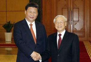 Hình minha hoạ. Chủ tịch Trung Quốc Tập Cận Bình (trái) và Tổng bí thư Nguyễn Phú Trọng (phải) bắt tay tại văn phòng Trung ương đảng Cộng sản VN ở Hà Nội hôm 5/11/2015