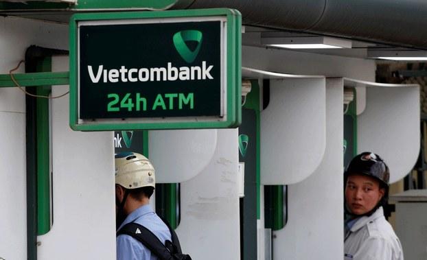 Hình minh họa. Một địa điểm rút tiền của Vietcombank ở Hà Nội