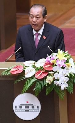 Phó Thủ tướng Trương Hòa Bình phát biểu tại Quốc hội ở Hà Nội hôm 22/5/2017