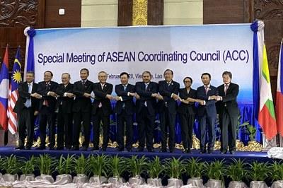 Hình minh hoạ. Cuộc gặp giữa Bộ trưởng Ngoại giao các nước ASEAN và Trung Quốc về hợp tác chống dịch bệnh COVID-19 ở Vientiane, Lào hôm 20/2/2020