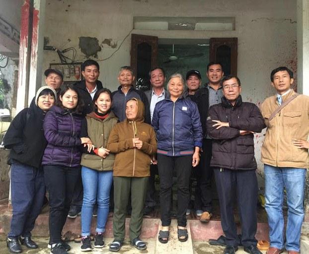 Hội Bầu bí tương thân và Quĩ 50k đồng hành với gia đình TNLT Phạm Văn Trội, Hồ Đức Hòa.