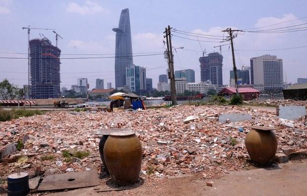 Hình minh họa. Trung tâm TP Hồ Chí Minh nhìn từ bên kia sông Sài Gòn.