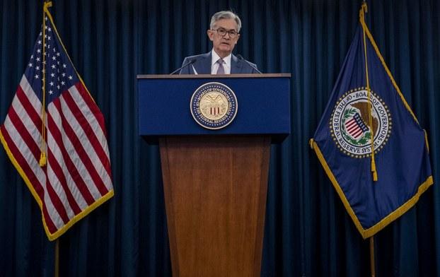 Thống Đốc Jerome Powell tại cuộc họp báo sau thông báo bất ngờ về việc Liên bang cắt giảm lãi suất vào ngày 3 tháng 3, 2020 tại Washington,DC.