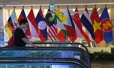 Các nước Đông Nam Á đừng để bị Trung Quốc đánh tỉa như bẻ đũa từng chiếc (Ảnh minh họa)
