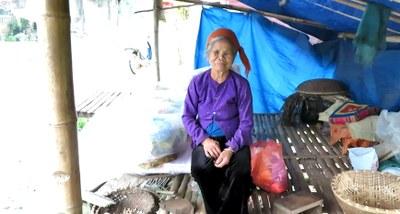 Mỗi khu chợ ở Đồng Khê mang màu sắc và đặc trưng tộc người rõ rệt.