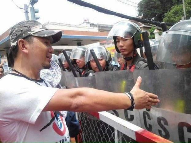 Ảnh minh họa: Một hình ảnh của người dân biểu tình ôn hòa phản đối hai Dự luật Đặc khu Kinh tế và An ninh mạng, trong tháng 6/18, tại Việt Nam.