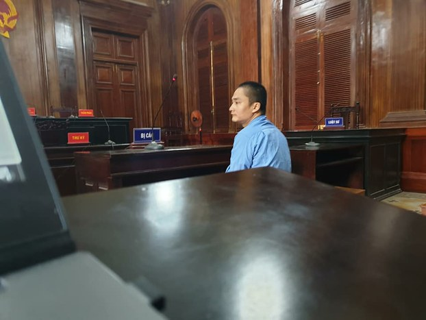 Tài xế Văn Ngọc Hoàng tại tòa án