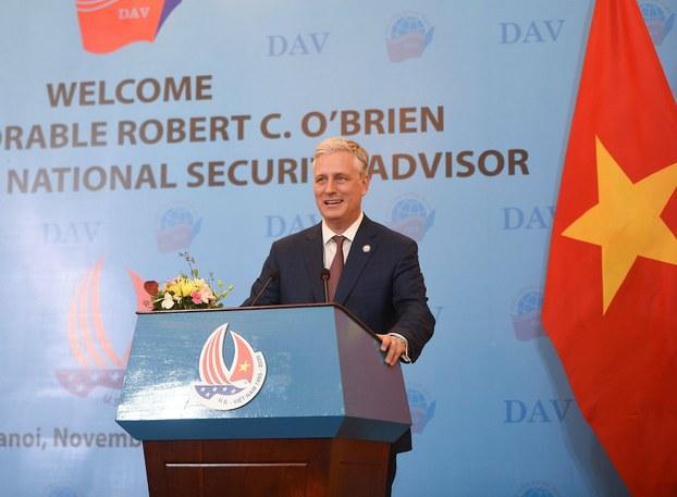 Hình minh hoạ. Cố vấn An ninh Quốc gia Mỹ Robert O'Brien phát biểu tại Học viện Ngoại giao ở Hà Nội hôm 21/11/2020