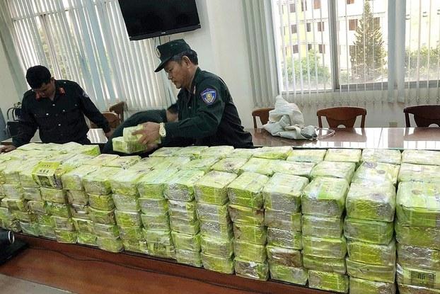 300kg ma túy đá do 8 người Trung Quốc và 3 người Việt vận chuyển bị công an Việt Nam bắt giữ hôm 20/3/2019.