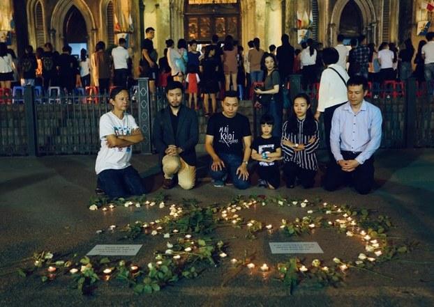 Buổi tưởng niệm tại Hà Nội hôm 27/10/2019 dành cho các nạn nhân chết trên xe container đông lạnh ở Anh