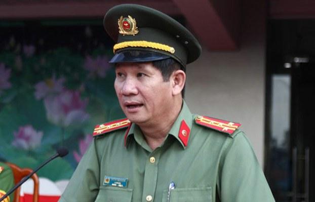 Ông Huỳnh Tiến Mạnh, Giám đốc Công an tỉnh Đồng Nai, vừa bị cách chức tất cả các chức vụ trong Đảng và xử lý kỷ luật về hành chính tương ứng với kỷ luật đảng.