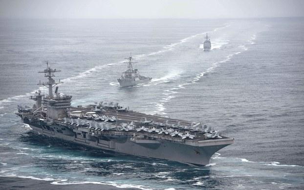 Hình minh họa. Hình do Hải quân Mỹ cung cấp hôm 4/8/2019: Tàu sân bay USS Theodore Roosevelt (CVN 71) và đội tàu hộ tống ở Thái Bình Dương hôm 31/7/2019