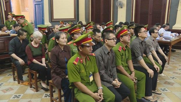 Phiên xử 12 thành viên tổ chức Chính phủ Quốc gia VN lâm thời.
