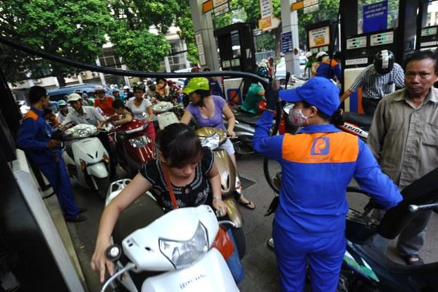 Minh họa: Trạm đổ xăng Petrolimex tại Việt Nam.